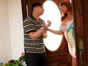 Ava Devine - My Friend's Hot Mom